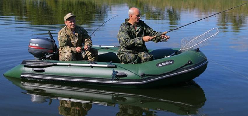 Рыбалка на моторной лодке