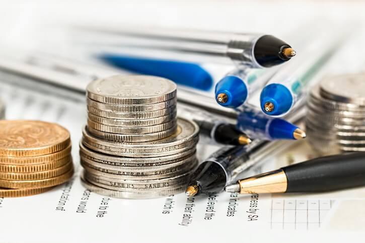 О различных стратегиях погашения долга